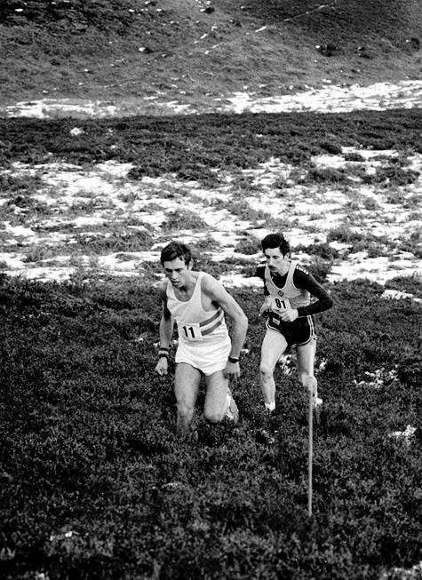1985 Jack Maitland leads Kenny Stuart at Carnethy [Malcolm Patterson]